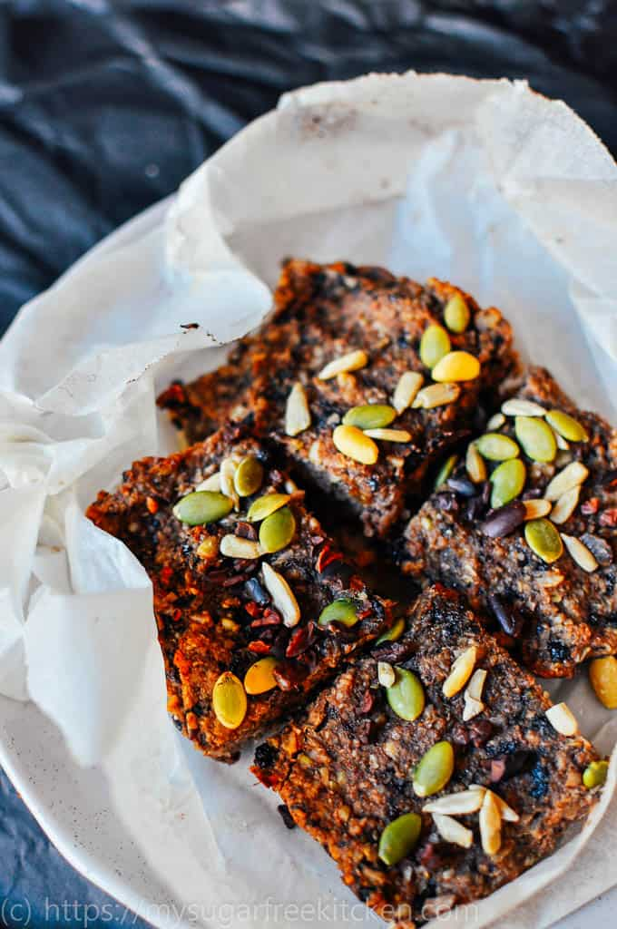 This healthy coconut and quinoa slice is sugar free, low fat and dairy free and very easy to make. Great for lunchboxes.