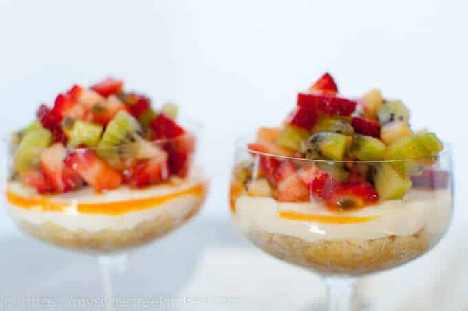 Cheesecake dessert cups are the perfect make ahead dessert with lots of summer fruits and that tangy creamy cheesecake filling.