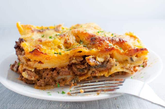 Straight out of the oven, lasagne without ricotta is perfect for a hearty and healthy home cooked dinner.