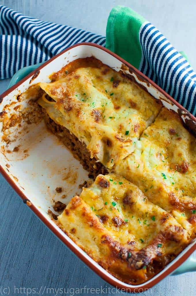 Easy homemade traditional lasagne without ricotta, made with do it yourself thick and creamy white sauce.